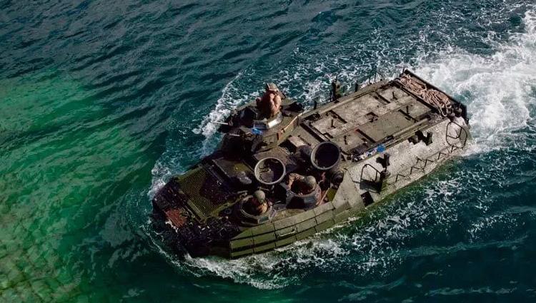 Iveco fornirà nuovo mezzo anfibio ai Marines degli USA