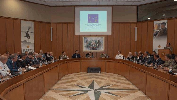 Ministro della Difesa incontra i rappresentati Co.Ce.R.