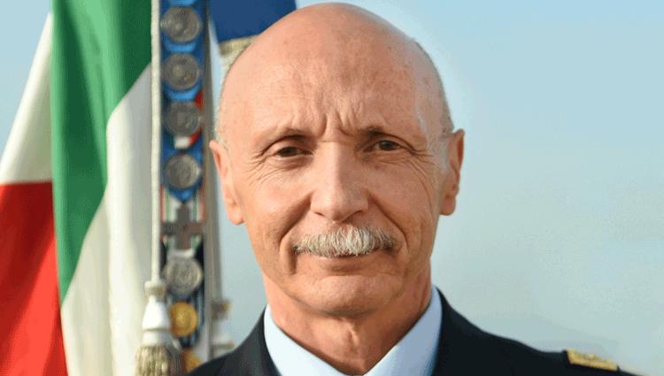 Il Generale Enzo Vecciarelli, futuro Capo di Stato Maggiore della difesa