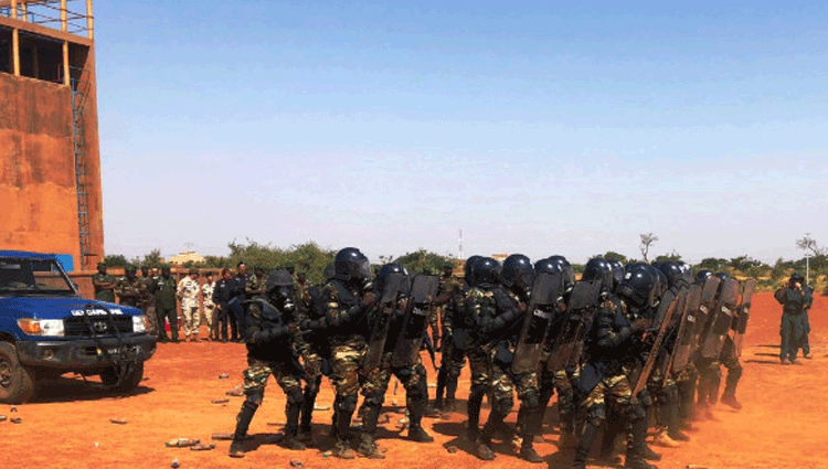 Missione in Niger, I carabinieri concludono il corso OP